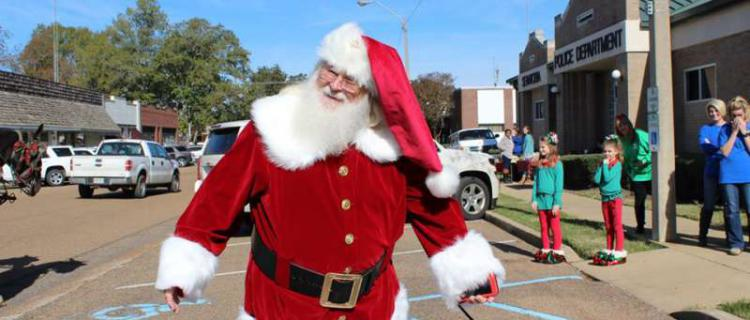 Senatobia Christmas Open House and Bazaar